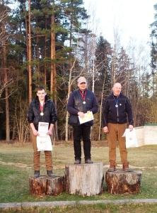 SK-35 uzvarētāji (no kreisās) Edžus Bumbieris, Agnis Dombrovics, un Mārtiņš Turkopulis