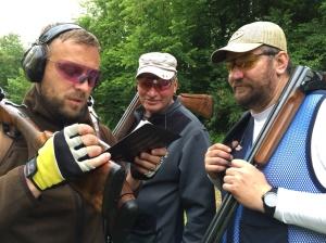 Kādi ir rezultāti? No kreisās Namejs Vinovskis, Egidijus Palaima un Ēriks Bergs.